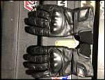 Suits and Gloves-de531307-1c35-4b20-bfd3-367b538c1d55