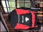 Suits and Gloves-74b1f1da-2214-42c1-9eaa-01ea5aaff910
